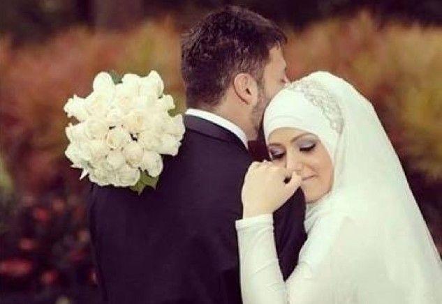 Bersikap Mesra Kepada Pasangan Hidup